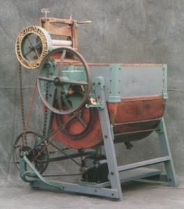 Thor Washing Machine 1908.JPG